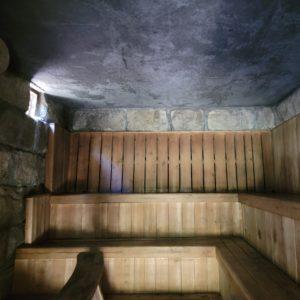 石造りのサウナ小屋